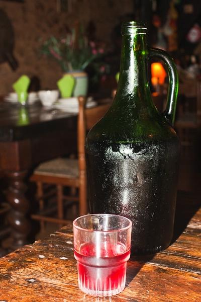 Tafelwein in einem Landgasthof